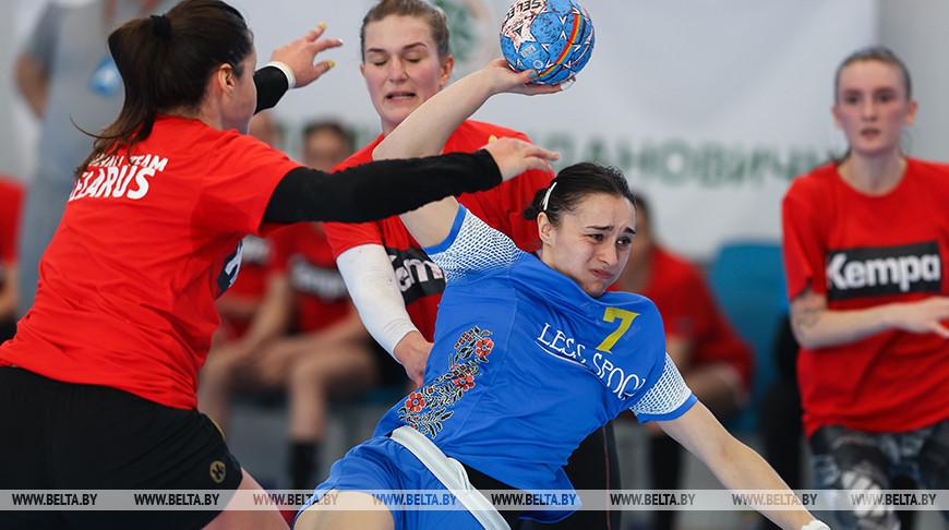 Женская сборная Беларуси по гандболу провела товарищеский матч против Украины