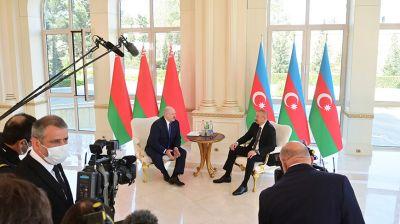 """Лукашенко и Алиев проводят встречу в президентском дворце """"Загульба"""""""