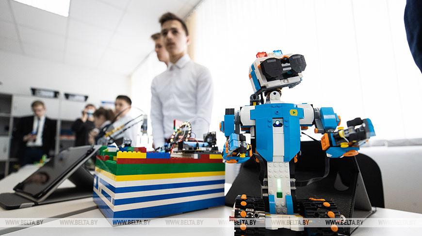Рассветовская средняя школа занимает первое место по технической оснащенности среди сельских школ