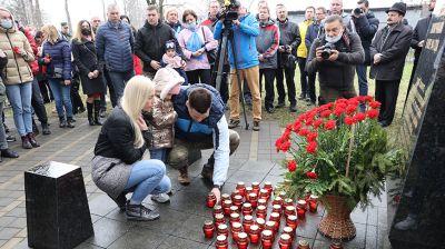 """Субботник прошел в мемориальном комплексе """"Тростенец"""""""