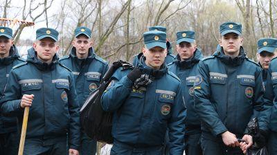 """Курсанты приняли участие в акции """"Чистый водоем"""""""
