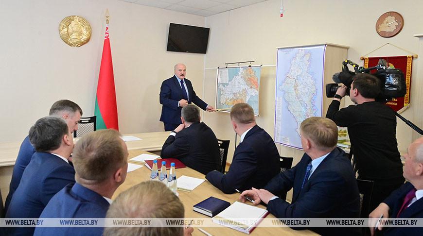 Лукашенко собрал в Брагине совещание по возрождению чернобыльских земель на юге Беларуси