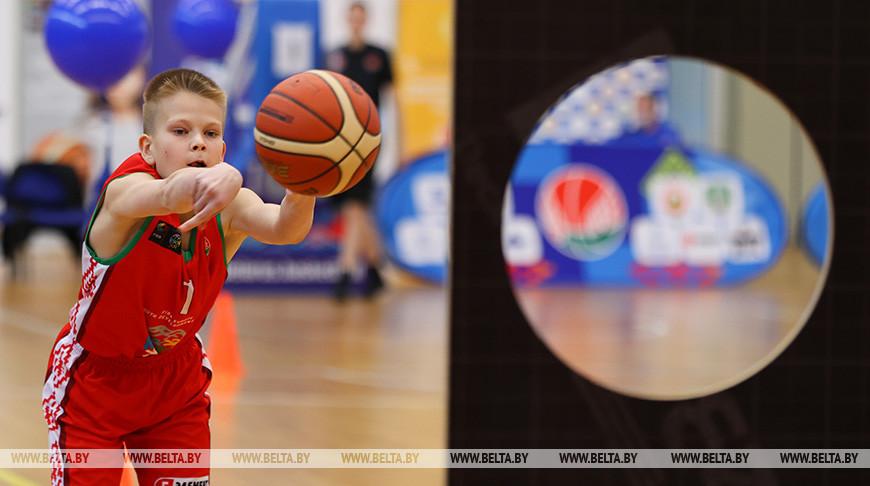 """Финал проекта """"Шаг в будущее"""" для юных баскетболистов проходит в Минске"""