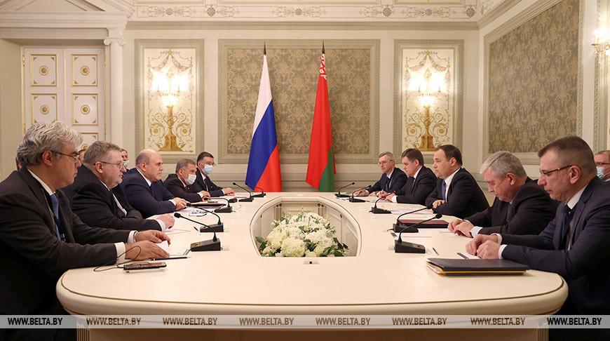 Встреча Головченко и Мишустина прошла в Казани