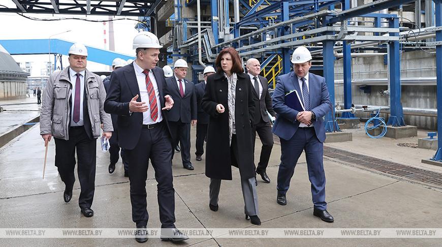 """Кочанова посетила ОАО """"Нафтан"""""""