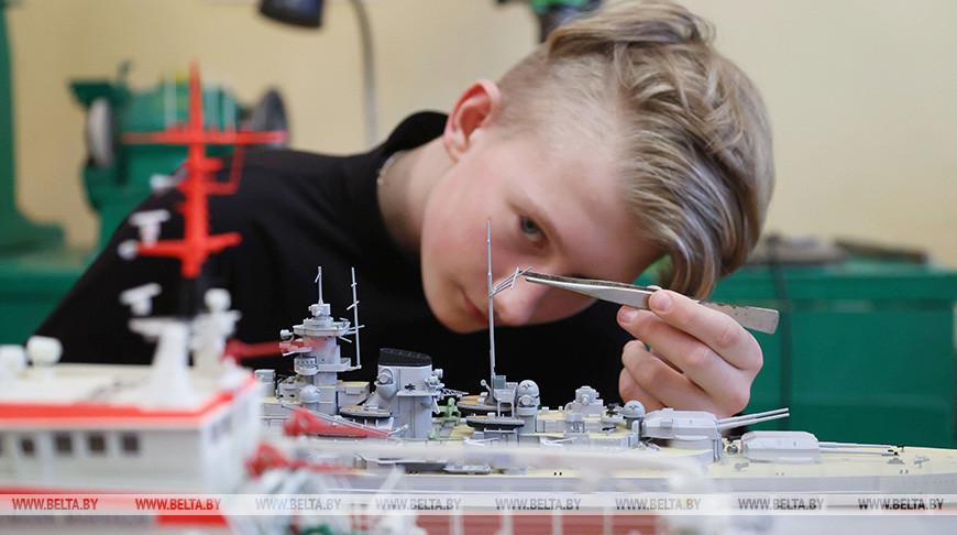 Более 20 человек занимаются судомоделированием в Кричевском центре творчества детей и молодежи