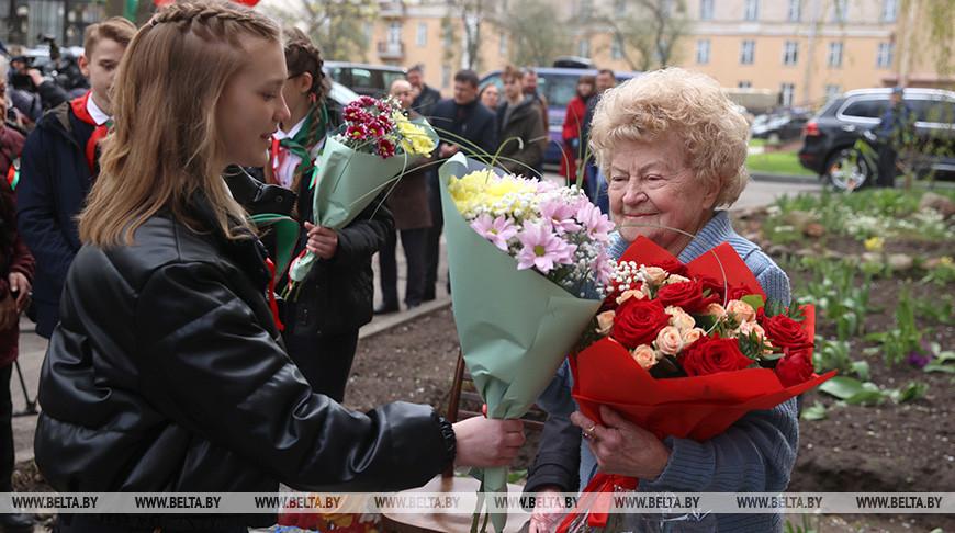 В Гродненской области ветеранов чествуют на дому
