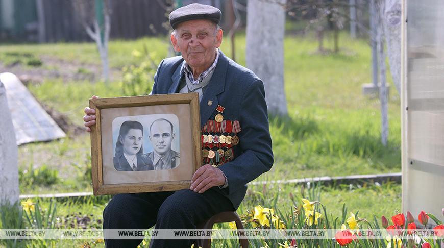 Ветерана войны Владимира Будовича поздравили с Днем Победы