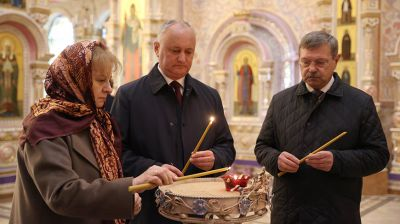 Земля с захоронений воинов-молдаван, погибших за освобождение Беларуси, заложена в крипту храма-памятника в Минске