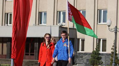 Праздничные мероприятия в Гродно стартовали с поднятия государственного флага