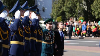 В Бресте состоялись торжественный вынос и поднятие Государственного флага Республики Беларусь
