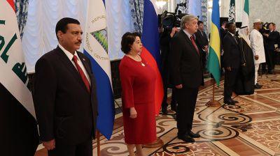Лукашенко принял верительные грамоты послов шести стран