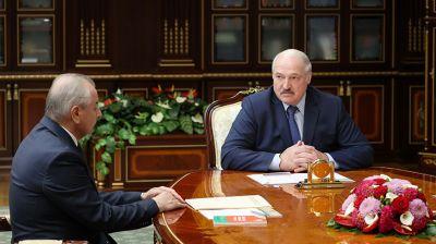 Лукашенко встретился с руководителями Конституционной комиссии