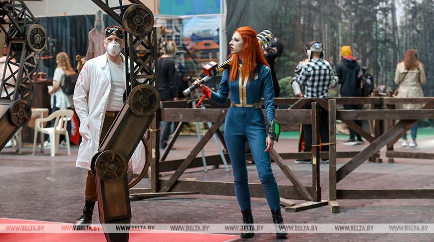 Выставка-конвент фантастики, фэнтези, комиксов и компьютерных игр проходит в Минске