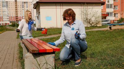 БСЖ проводит акцию по наведению порядка на детских площадках и дворовых территориях