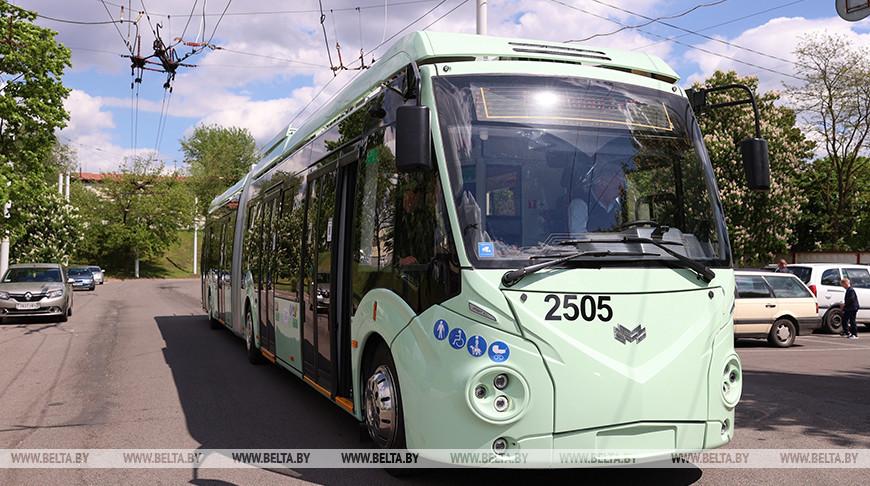 Новые троллейбусы особо большой вместимости прибыли в минский троллейбусный парк