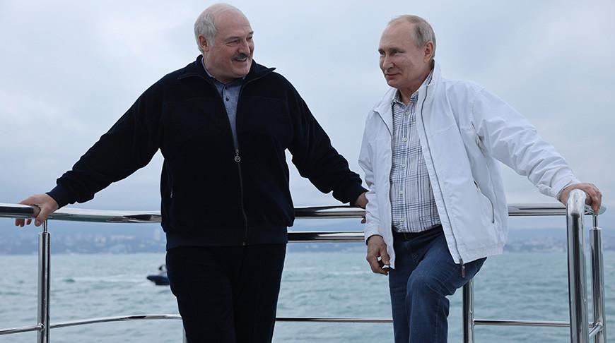 Лукашенко и Путин встретились в неформальной обстановке
