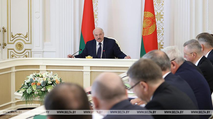 Лукашенко раскрыл подробности переговоров с Путиным в Сочи