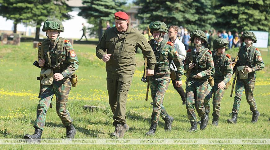 Караев провел тактические занятия на полевом сборе с кадетами