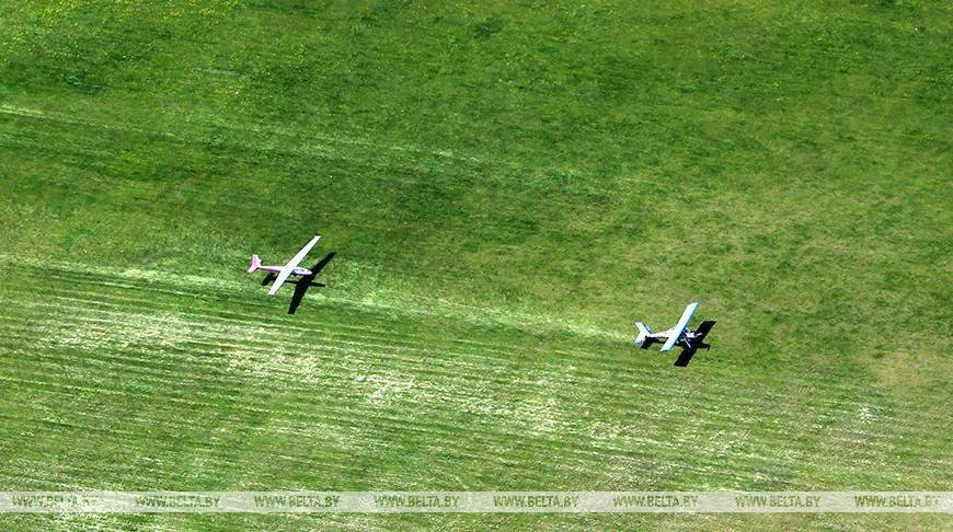 Курсанты Военной академии отрабатывают технику пилотирования