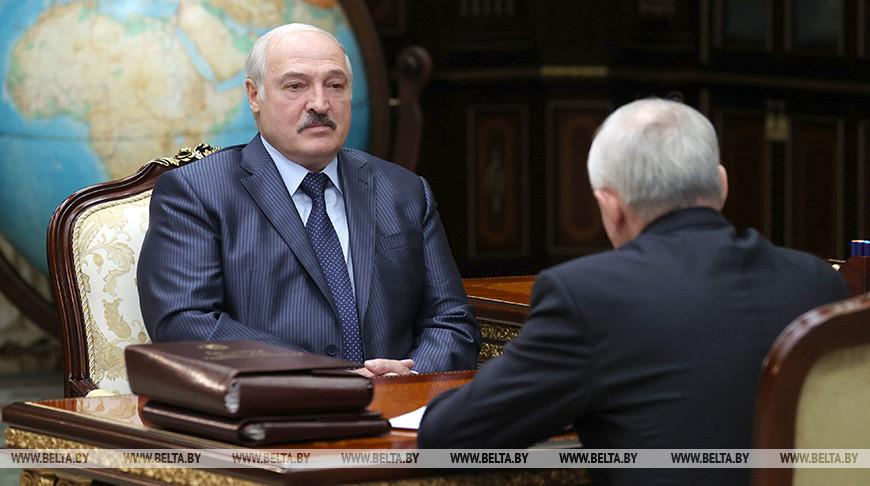 Лукашенко провел рабочую встречу с управляющим делами Президента