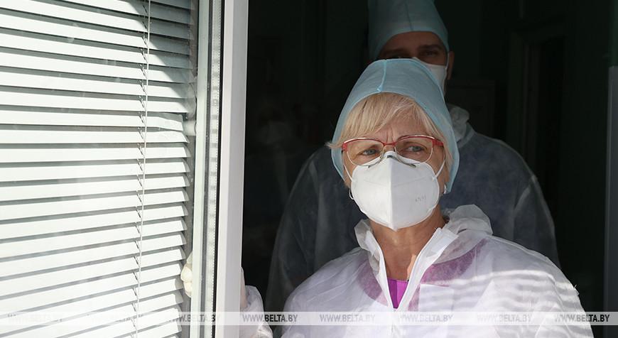 В Гомельской областной туберкулезной клинической больнице помогают пациентам с СOVID-19