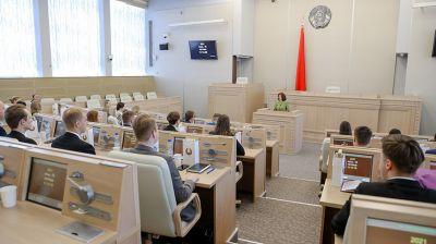 Кочанова встретилась со студентами медицинских вузов