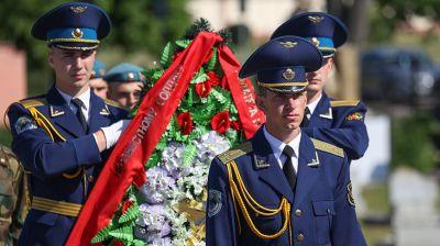 В Бресте перезахоронили останки двух воинов