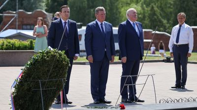 Церемония возложения венков к Вечному огню состоялась в Брестской крепости