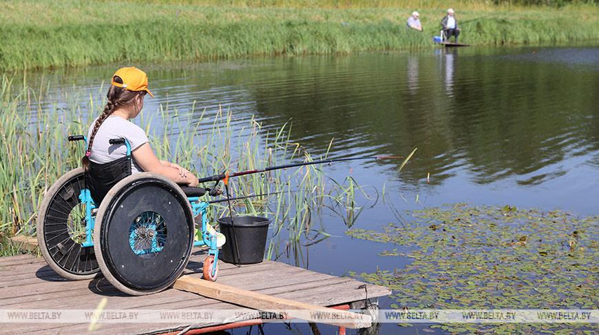 Соревнования по рыбной ловле для людей с ограниченными возможностями прошли в Витебском районе