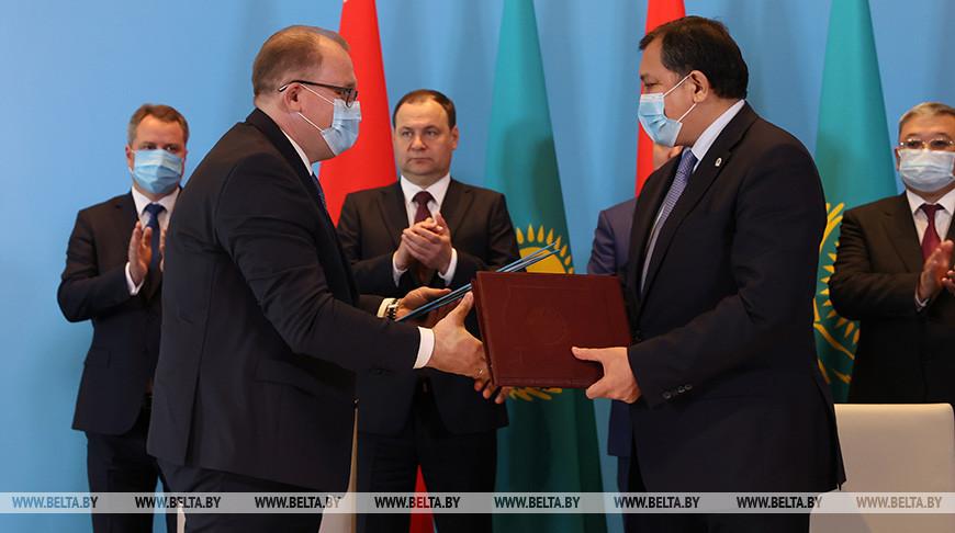 Ряд документов подписан по итогам переговоров глав правительств Беларуси и Казахстана