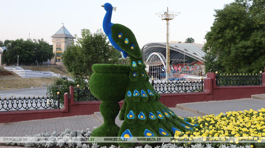 Две новые фигуры установили перед Летним амфитеатром в Витебске