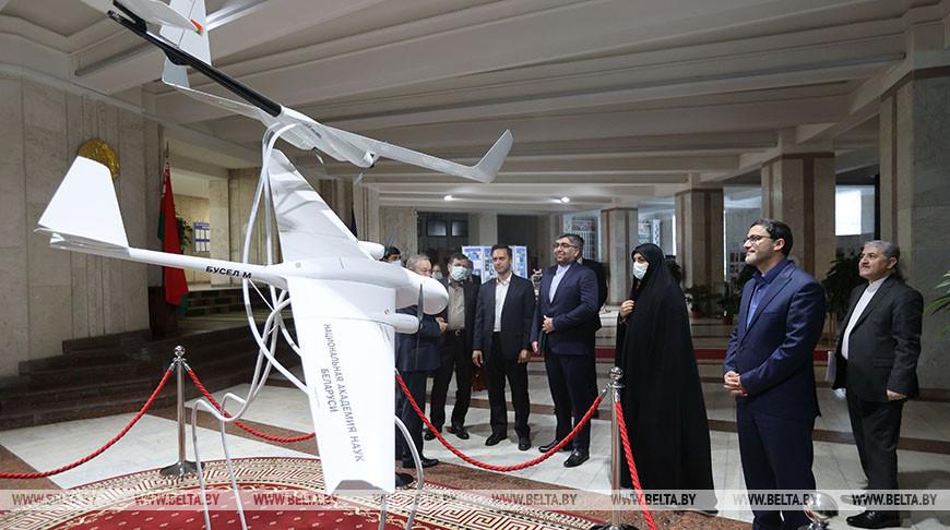 Иранские парламентарии посетили НАН Беларуси
