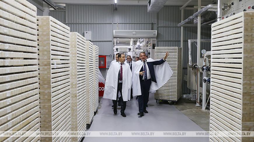 """Головченко посетил Ивенецкий филиал фабрики """"Слодыч"""""""