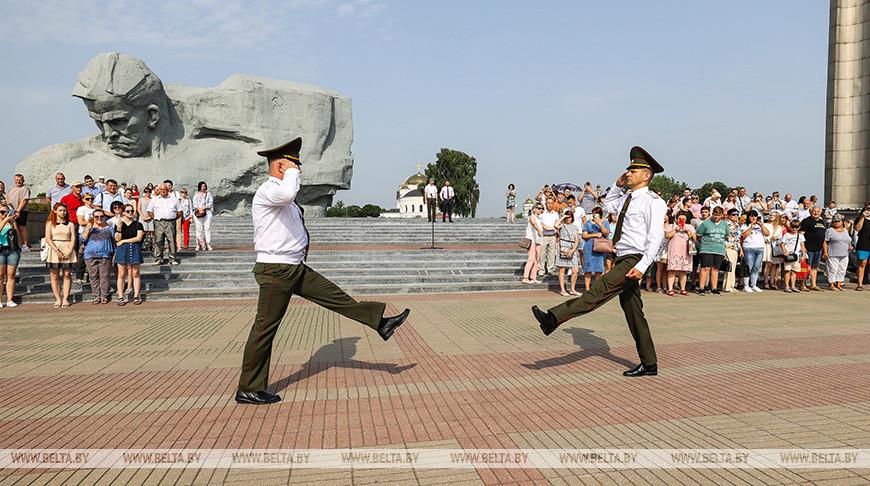 Студенты военной кафедры Гомельского медуниверситета приняли присягу