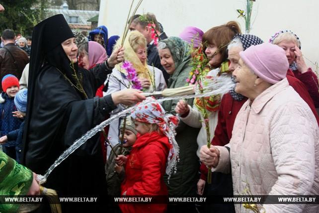 Вербное воскресенье встретили в Гродненском Свято-Рождество женском православном монастыре