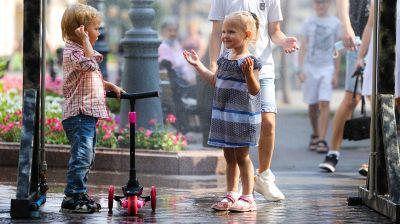 На улицах Бреста заработали арочные охлаждающие устройства