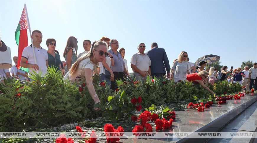 Брест отмечает 77-ю годовщину освобождения от немецко-фашистских захватчиков