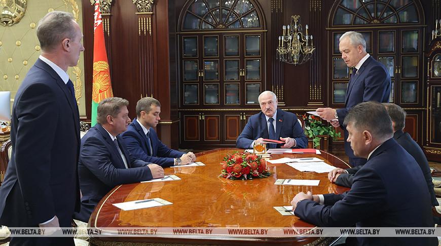 Лукашенко согласовал назначение руководителей ряда вузов и предприятий