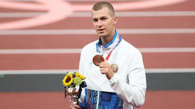 Максиму Недосекову вручили бронзовую медаль Олимпиады