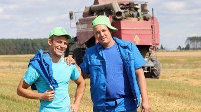 Молодежный экипаж из Речицкого района намолотил более 1,3 тыс. т зерна
