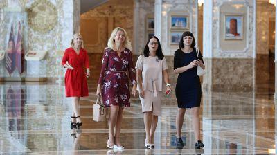"""Работники """"Милкавиты"""" побывали на экскурсии во Дворце Независимости"""