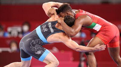 Борец Магомедхабиб Кадимагомедов победил Франка Чамисо в полуфинале олимпийского турнира