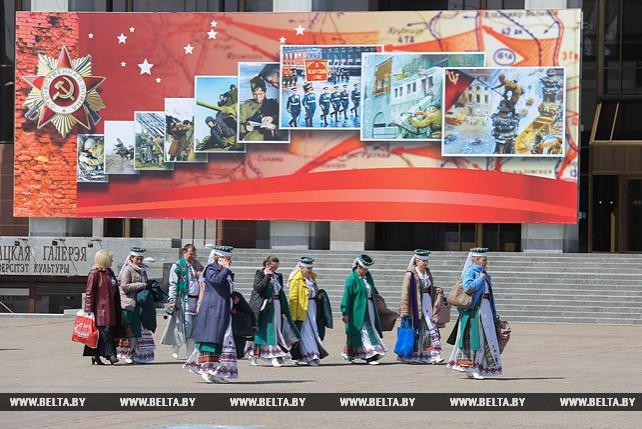 Минск украшается ко Дню Победы
