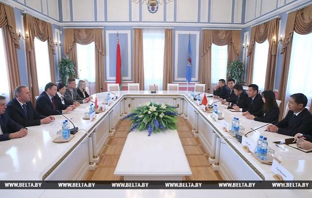 Минск и Шэньчжэнь намерены более тесно сотрудничать в сфере инноваций