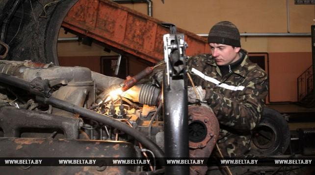 Круглянская ПМК-266 лидирует среди предприятий системы сельского строительства