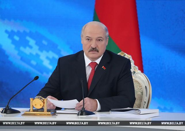 Лукашенко провел встречу с представителями общественности, белорусских и зарубежных СМИ