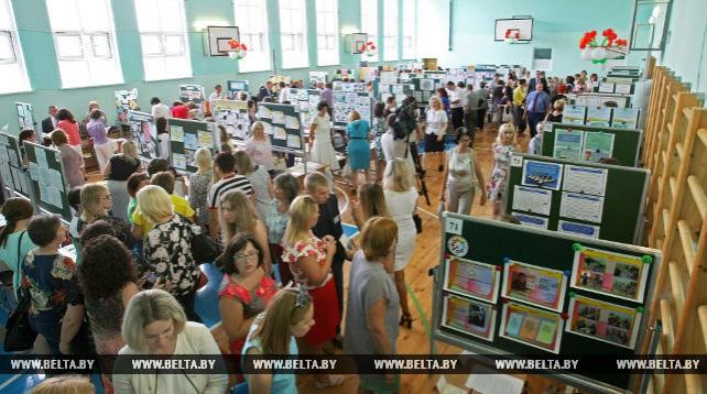 В Фаниполе прошла региональная ярмарка социально-педагогических инноваций