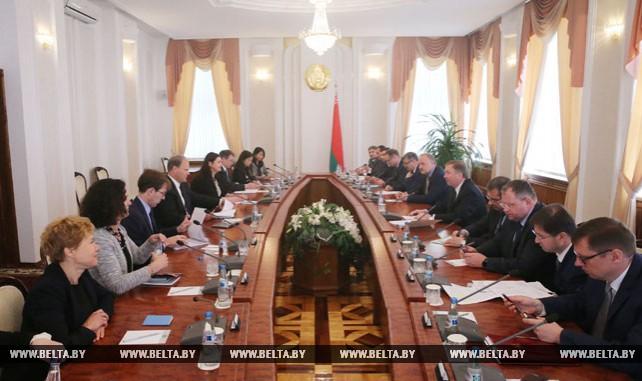 Кобяков встретился с миссией МВФ