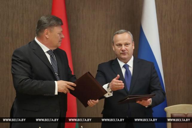 Секретариаты Совета Республики и Парламентского собрания Союза Беларуси и России подписали меморандум